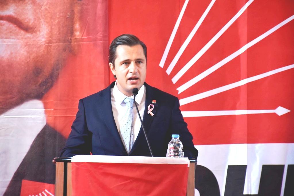 YÜCEL AKP'YE HİZMETLERLE CEVAP VERDİ.